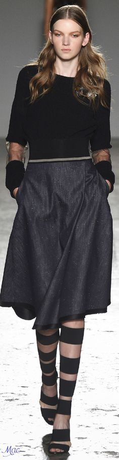 Spring 2016 Ready-to-Wear Les Copains
