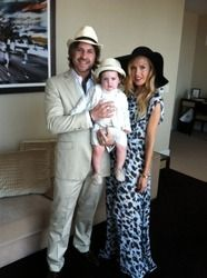 What a cute family!  via Rachel Zoe Bloglovin (2106)