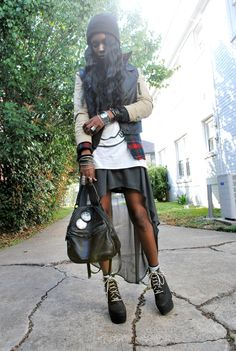 love this 90's grunge style that I can always find on vintage virgin.. check her out.