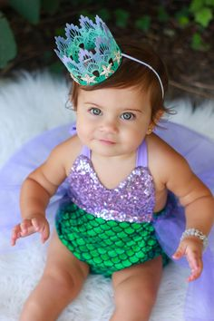 Beautiful romper part of our Merbabe Sparkle Romper collection. Sequin color might vary slightly. Sequin Top: Lavender Bottom Fabric: Emerald with Lavender Tutu Mermaid Birthday Outfit, Little Mermaid Birthday, Little Mermaid Parties, Birthday Party Outfits, Baby Girl First Birthday, 1st Birthday Parties, Mermaid Outfit Baby, Birthday Ideas, Baby Girl Halloween