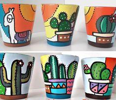 Terracotta Flower Pots, Clay Flower Pots, Flower Pot Crafts, Ceramic Flower Pots, Clay Pots, Painted Plant Pots, Painted Flower Pots, Decorated Flower Pots, Green Craft