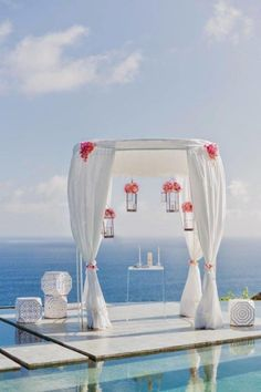 A seaside + pool side wedding ceremony, so so Chic!