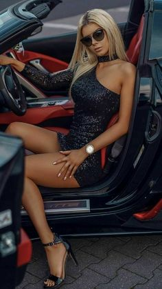 Sexy Outfits, Sexy Dresses, Tumbrl Girls, Haut Bikini, Posh Girl, Lovely Legs, Car Girls, Hot Blondes, Sexy Cars
