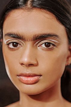 Painted lips, dimensional lids, dirty hair, and more—dissecting all of the best beauty trends to come out of NYFW so far. Medium Scene Hair, Curly Scene Hair, Short Scene Hair, Indie Scene Hair, Scene Bangs, Medium Hair Styles, Curly Hair Styles, Hair Medium, Braided Hairstyles Updo