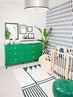 Black and White Nursery with Kelly Green Accents
