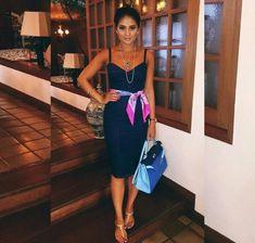 Foulard tied at the waist: 14 inspirations to appreciate the style – Fashion Tips Jw Fashion, Fashion Killa, Look Fashion, Urban Fashion, Fashion Outfits, Womens Fashion, Jw Moda, Divas, Estilo Blogger