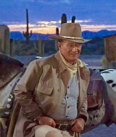 John Wayne in El Dorado (Tucson, Arizona) John Wayne Quotes, John Wayne Movies, Hollywood Stars, Classic Hollywood, Hollywood Images, O Cowboy, Equipe Real Madrid, Clint Walker, Tv Westerns