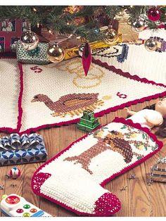 twelve days of christmas tree skirt and stocking cq crochet christmas