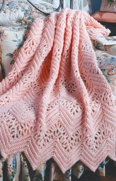 Crochet Afghans 70496 Learn to Crochet Ripple Afghans Crochet Ripple Afghan, Crochet Afghans, Crochet Blanket Patterns, Baby Blanket Crochet, Knitting Patterns, Knit Crochet, Baby Afghan Patterns, Chevron Afghan, Crotchet