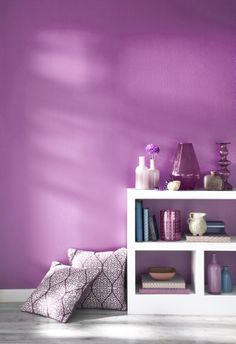 A bright purple, Radiant Orchid is 2014's Pantone colour of the year!