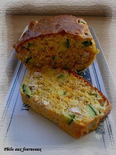 Cake à la mimolette, aux courgettes & au poulet