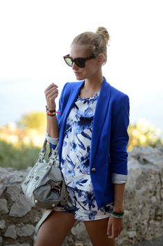 now the proud owner of a cobalt blazer Passion For Fashion, Love Fashion, Fashion Looks, Womens Fashion, Fashion Details, Blue Blaze, The Blonde Salad, Fashion Tights, Cute Rompers