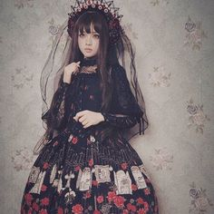 #lolita_fashion #aliceandpirates #babythestarsshinebright #lolitafashion #gothiclolita #classiclolita Harajuku Fashion, Kawaii Fashion, Cute Fashion, Asian Fashion, Fashion Beauty, Girl Fashion, Visual Kei, Gothic Lolita Fashion, Lolita Style