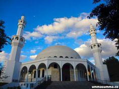 Mosque, Foz De Iguaçu, Brazil مسجد بالبرازيل: وأن المساجد لله فلا تدعو مع الله أحد