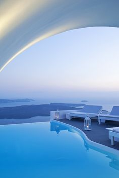 Top 10 Santorini Hotels With Infinity Pools What's better than swimming in a glistening infinity-edged pool? Swimming in a glistening infinity pool set high on Santorini's famed Caldera and. Places To Travel, Travel Destinations, Places To Go, Dream Vacations, Vacation Spots, Italy Vacation, Hotels With Infinity Pools, Cave Pool, Santorini Hotels