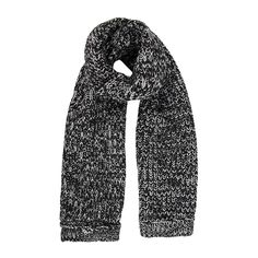 Fluffy scarf from New Trends, Gifts For Him, Gift Guide, New Fashion