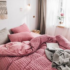 Winter Bedding Extra off Small Room Bedroom, Bedroom Bed, Bedroom Decor, Bedrooms, Bedroom Inspo, Bedroom Ideas, Winter Bedding, Pottery Barn Teen Bedding, Toddler Girl Bedding Sets