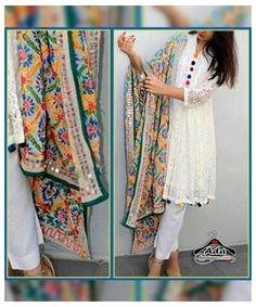 Simple Pakistani Dresses, Pakistani Fashion Casual, Indian Fashion Dresses, Dress Indian Style, Pakistani Dress Design, Indian Designer Outfits, Pakistani Kurta Designs, Pakistani Outfits, Indian Wear