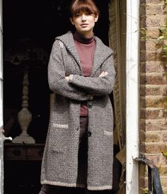London Morning Knit Cardigan Pattern | An extra long knit cardigan is perfect for in-between days when you don't want to wear a coat.