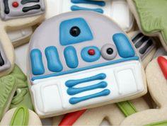star wars cookies by sweetsugarbelle.com