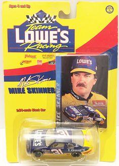 (TAS032964) - Nascar Team Lowe's Racing 1:64 Die-Cast Car - Mike Skinner #31
