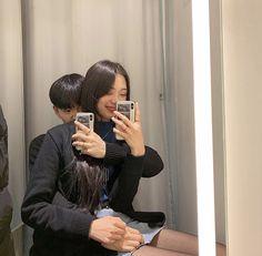 Ulzzang Korean Girl, Ulzzang Couple, Cute Couple Art, Best Couple, Cute Relationship Goals, Cute Relationships, Poses For Pictures, Couple Pictures, Cute Couples Goals