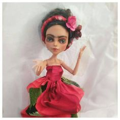 Check out this item in my Etsy shop https://www.etsy.com/listing/508495986/frida-kahlo-doll-11-inches-high-pose