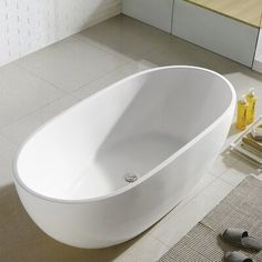 MAYKKE Covina Modern Oval Acrylic Bathtub Reclining Slipper Freestanding Easy to Install White Soaker Tub for Bathroom, Shower cUPC certified, Drain & Overflow Assembly Included Best Bathtubs, Soaking Bathtubs, Best Bathroom Paint Colors, Tiny Powder Rooms, Kid Bathroom Decor, Freestanding Tub Filler, Soaker Tub, Adjustable Base, Amazing Bathrooms