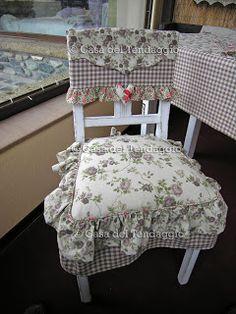 Il cuscino per sedia della collezione fiocchi beige in - Fiocchi per coprisedie ...