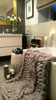 Oh! Use this soft merino blanket after bath! #handmade #decor #bathroom #mood #cozy #merinoblanket