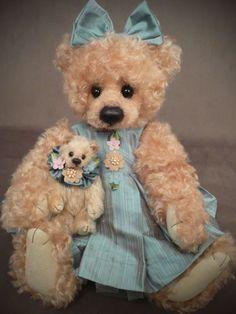 Teddy Bear by Rosalie Frischmann - Mill Creek Creations, what a sweet face Vintage Teddy Bears, My Teddy Bear, Cute Teddy Bears, Tatty Teddy, Ours Boyds, Stuffed Animals, Boyds Bears, Love Bear, Bear Doll