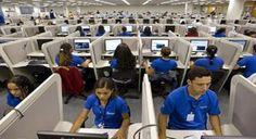 Azul abre vagas para atendentes com salários de até R$ 1.280,42