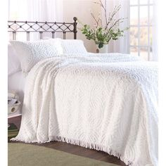 Found it at Wayfair - Wedding Ring Tufted Chenille Bedspread