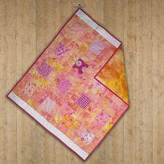 Handmade modern cotton quilted baby blanket. by ScrappieGirlz