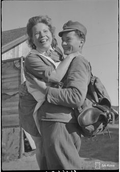 History Of Finland, Vintage Couples, Back In Time, Ww2, Denmark, Norway, Sweden, Army, Couple Photos