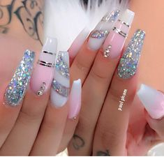 In search for some nail styles and some ideas for your nails? Here's our set of must-try coffin acrylic nails for stylish women. Bling Acrylic Nails, Summer Acrylic Nails, Best Acrylic Nails, Metallic Nails, Rhinestone Nails, Bling Nails, Acrylic Nail Designs, Swag Nails, Bling Nail Art