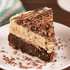 Bottom Cheesecake We didn't realize cheesecake could get even better.We didn't realize cheesecake could get even better. Brownie Bottom Cheesecake Recipe, Cheesecake Recipes, Cheesecake Brownies, Tiramisu Cheesecake, Cookie Brownies, Brownie Recipes, Easy Desserts, Dessert Recipes, Baking Desserts