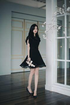 Dark Fashion, Fashion Wear, Women's Fashion Dresses, Casual Dresses, Girls Dresses, Prom Dresses, Fashion Looks, Summer Dresses, Royal Dresses