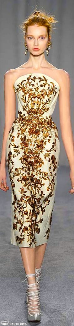 Marchesa Fall/Winter 2014 RTW. I'd like this, but with a snazzy pair of flats! :-)
