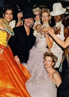 Karen Mulder, Naomi Campbell, Kristen among others @ Dior by John Galliano Couture Runway Show 90's