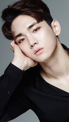 Kim Ki-bum (김기범) also known mononymously as Key (키) of SHINee (샤이니) | He's just so effortlessly flawless, whenever I behold his heavenly beauty tears form in my eyes. ❤❤