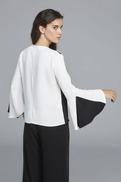 Top Bette Bell Sleeves, Bell Sleeve Top, Inspiration, Outfits, Tops, Women, Style, Fashion, Fashion Blouses
