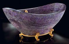 Google Image Result for http://thebathtubdiva.com/wp-content/uploads/2011/06/amethyst-bath-tub.jpg