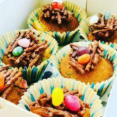 Vogelnestje met eitjes Cupcakes, Desserts, Food, Tailgate Desserts, Cupcake Cakes, Deserts, Essen, Postres, Meals