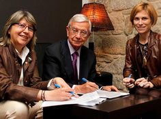 La Real Academia de Gastronomía, con los alimentos de Galicia http://diariodegastronomia.com/mas-noticias/mas/16514-la-real-academia-de-gastronomia-con-los-alimentos-de-galicia.html vía @DGastronomia