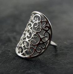 Venetian Ring Sterling SIlver por anatomi en Etsy