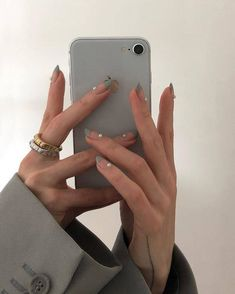 pearl french tip nails thick rings- nail inspo Bride Nails, Wedding Nails For Bride, Minimalist Nails, Minimalist Fashion, Cute Nails, Pretty Nails, Hair And Nails, My Nails, Glitter Nails