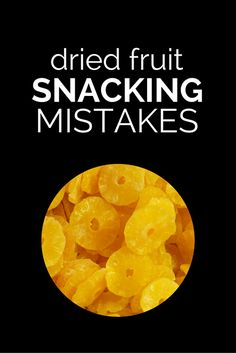 Dried fruit is a healthy choice for many, but learn here the pitfalls of snacking on dried fruit the wrong way. Learn the best tips for eating dried fruits. Healthy Eating Guidelines, Healthy Snack Options, Healthy Treats, Healthy Choices, Healthy Living Tips, Healthy Tips, How To Stay Healthy, Healthy Recipes, Fruit Nutrition