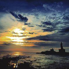 #thiruvalluvar #vivekanandha #memorialrock #statue #boat #sunrise #architecture #humanflood #rememberingtsunami #trip #photography #iconictamilnadu #incredibleindia #edgeofindia and #startingpointofindia #spiritualeyeopening #tamil #ulagapothumarai #thiru