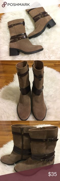 • Bandolino brown buckle boots size 5.5 • Suede boots with brown buckles. Small flaws. Brand new. Leather upper. Textile lining. No trades. Bandolino Shoes
